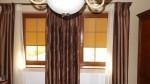 Rolety materiałowe do okien w kolorze złoty dąb